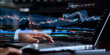 Forex Tips: 5 Reasons Why You need Trading Software