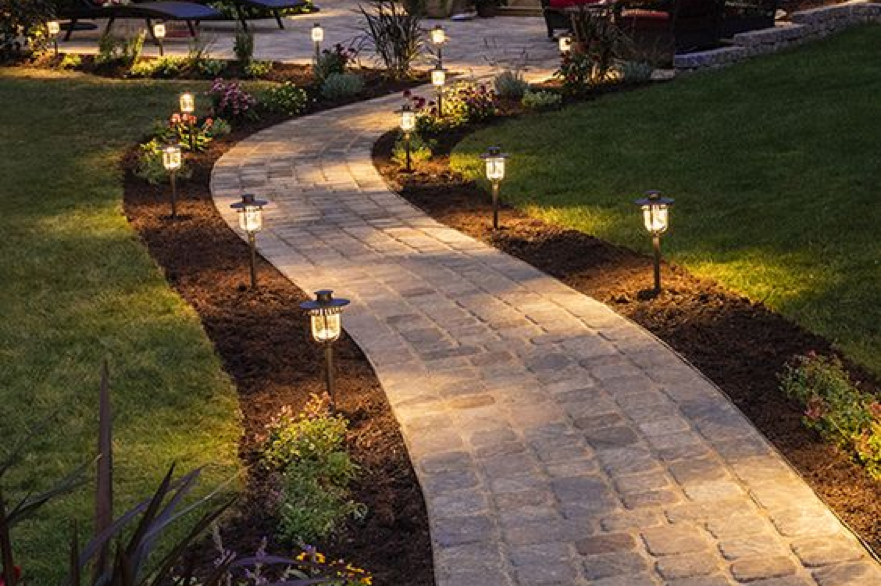 Tips in Outdoor Paths Lighting