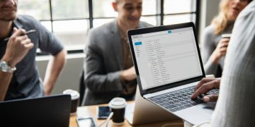 Stop Bouncing Around! Why You Need An Email Verification Service
