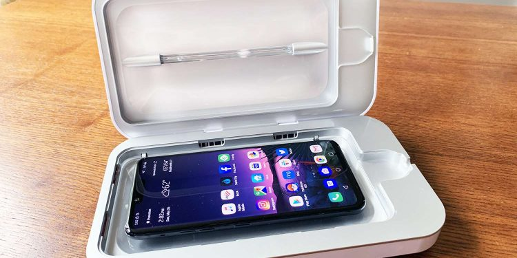 UV Phone Sanitizer: A Must-Have Mobile Accessory