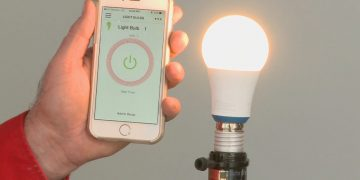 Why should you choose dusk to dawn light bulbs?