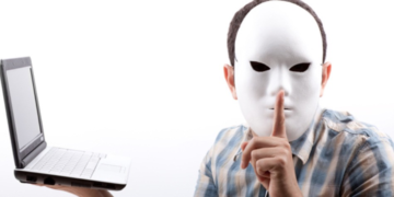 Pros and Cons of Online Anonymity