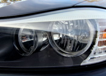 The Main Advantages of an OEM HID Replacement Headlamp