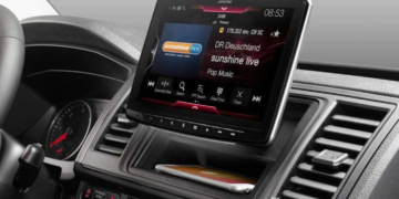 What are the Benefits of a Car Touch Screen Radio