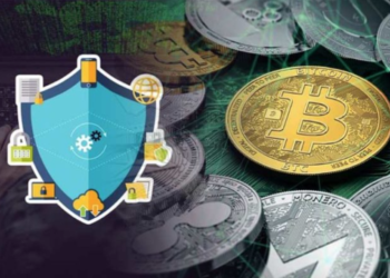 What are the crypto trading risks and solutions?