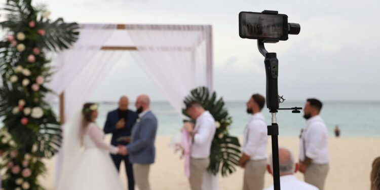 Go Online Booking Wedding Live Streaming