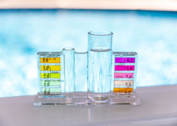 What Pool Chemicals do you Need for a Safe Swimming Pool?